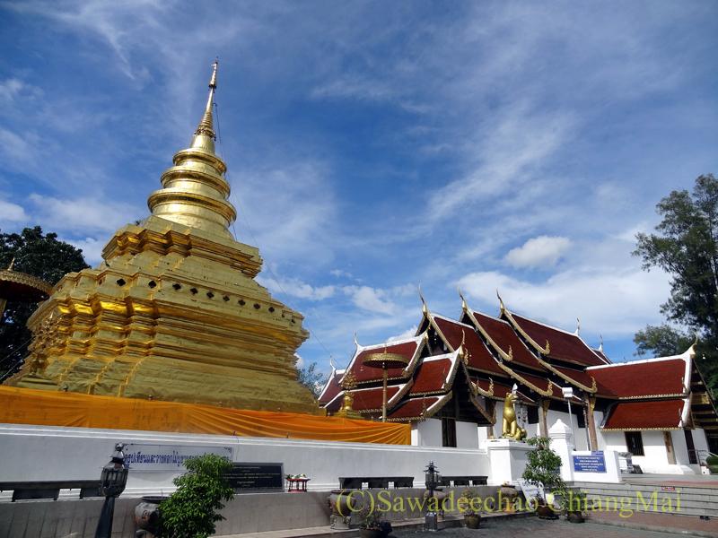 チェンマイ郊外にある寺院ワットプラタートシーチョムトーン