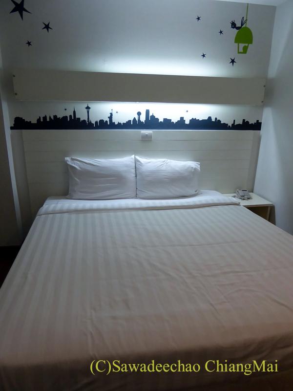 スワンナプーム空港近くのフェニックスホテルのベッド