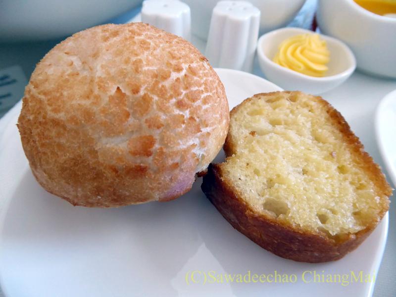 ベトナム航空VN301便ビジネスクラスで出たパン
