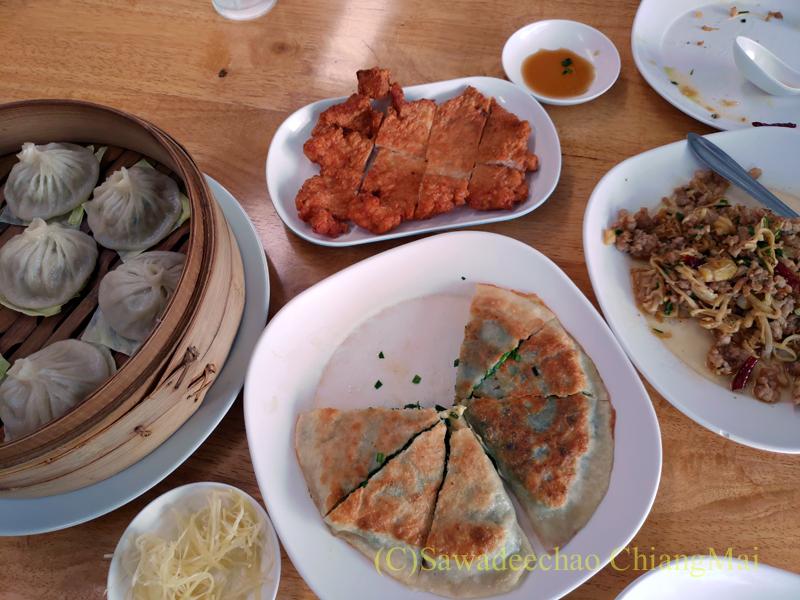 チェンマイにある雲南&台湾料理のフアリンレストラン