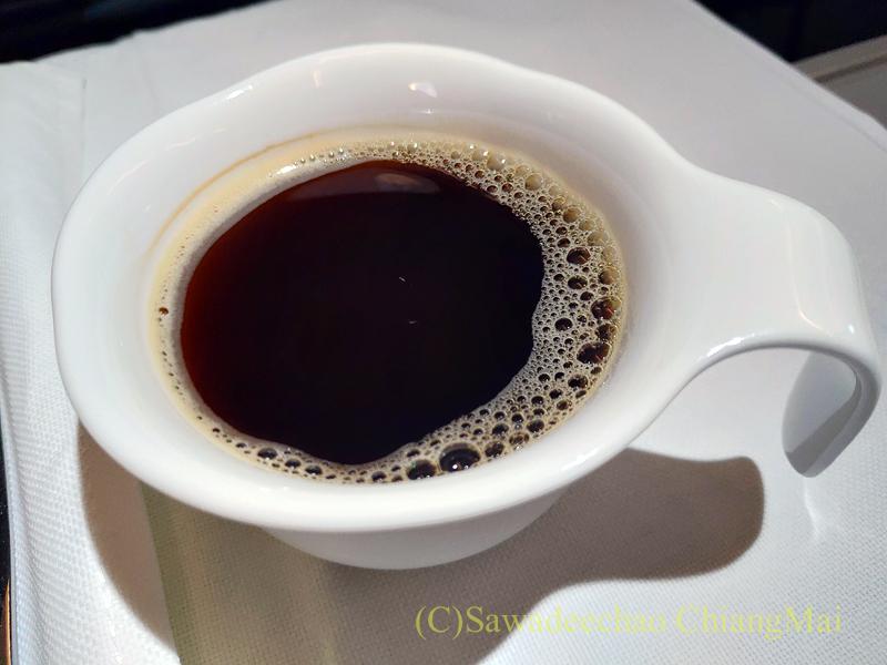 ベトナム航空VN607便のビジネスクラスで出たコーヒー