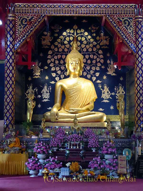チェンマイで一番美しい仏像、プラチャオガオトゥー遠景