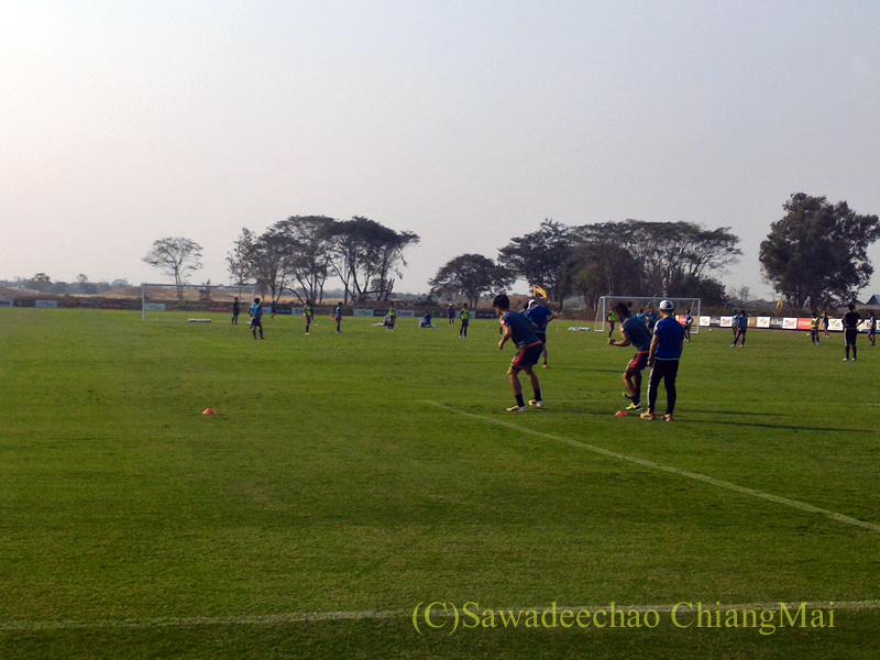 タイのチェンマイでのサッカーJ1のアルビレックス新潟のキャンプ