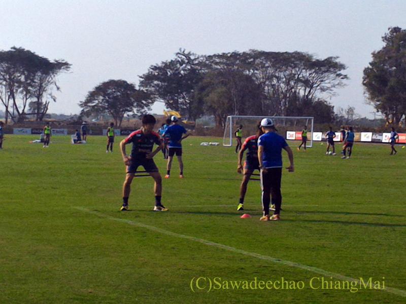 チェンマイでのアルビレックス新潟のキャンプのピッチ外での練習