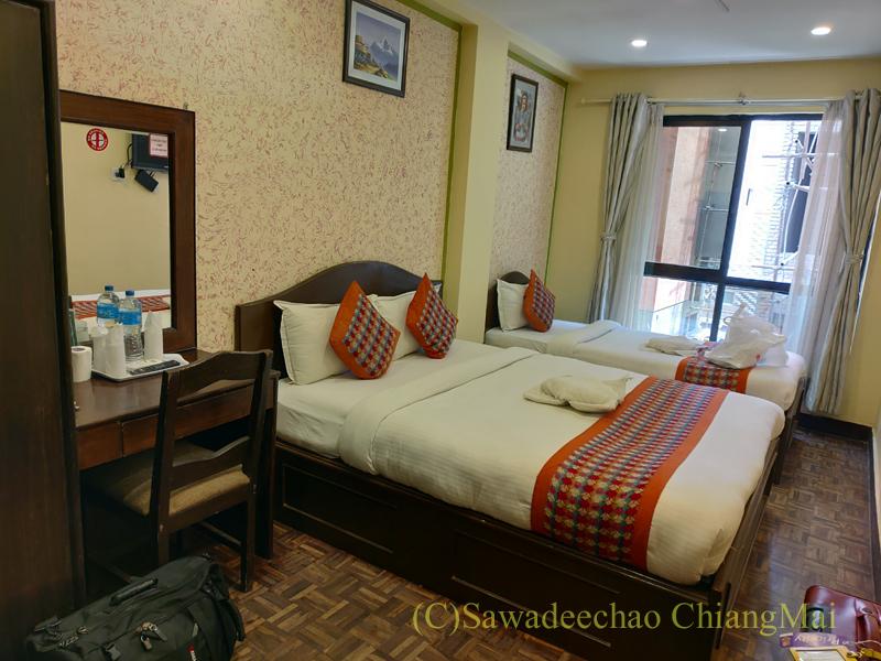 ネパールの首都カトマンズのおすすめ宿アスターホテルのトリプルルーム