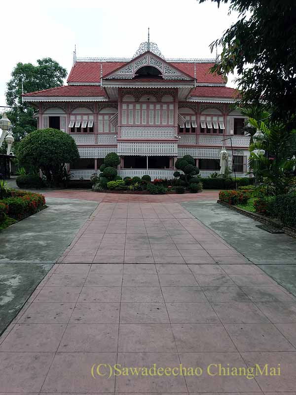 タイのプレーの街最後の支配者の第一夫人の住居ウォンブリーハウス遠景