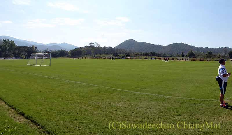 チェンマイでのサッカーJ2名古屋グランパスのキャンプ概観