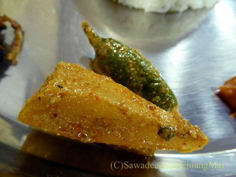 カトマンズのレストラン、ヒマラヤンタカリキッチンのピクルス