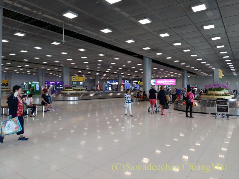 スワンナプーム空港国内線ターミナルの預け入れ荷物受け取りエリア