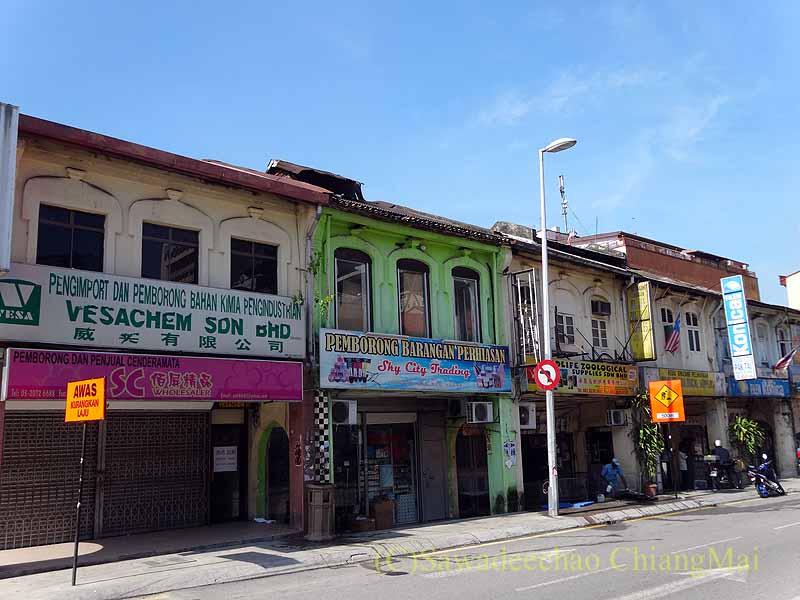マレーシアのクアラルンプールのチャイナタウンの家並み