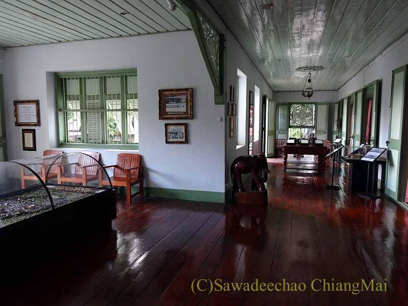 タイのプレーの街最後の支配者の住居クムチャオルワンムアンプレーの内部