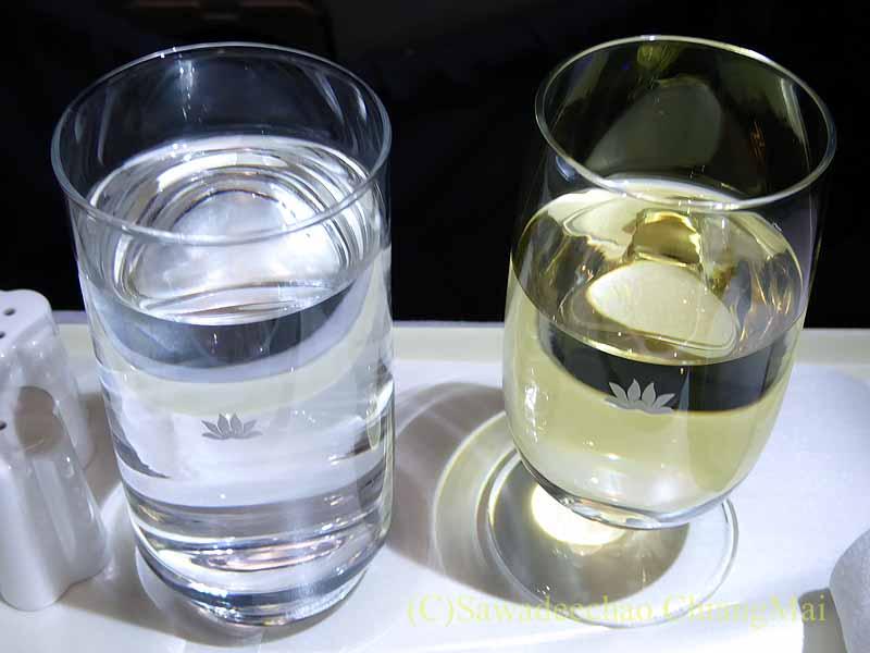 ベトナム航空VN603便ビジネスクラスで出たワイン