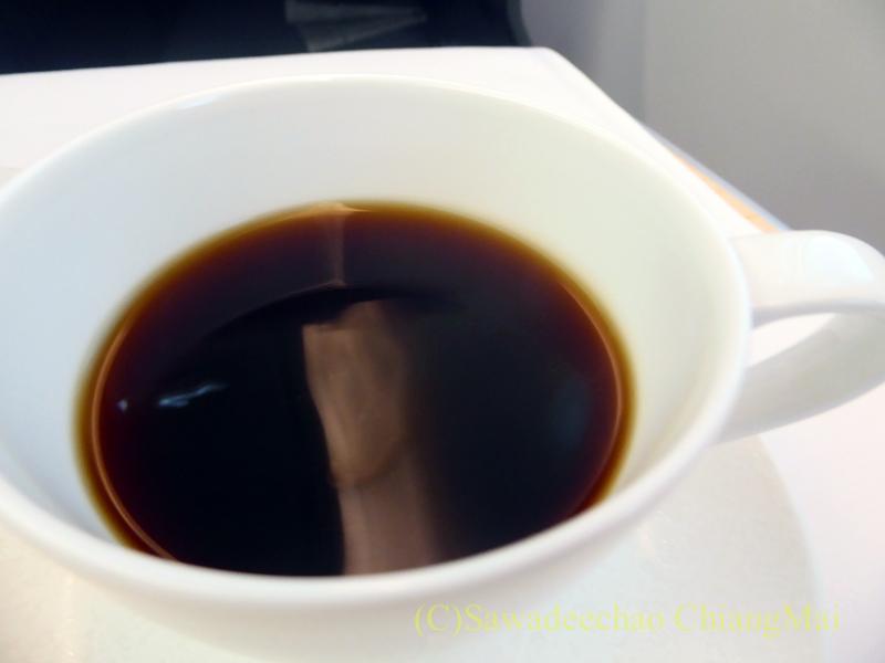ANA全日空NH878便のビジネスクラスで出たコーヒー