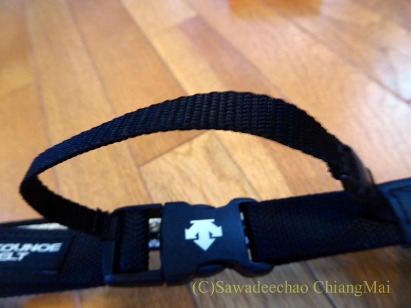 チェンマイで使っている腰痛対策グッズコウノエベルトの補助ベルト