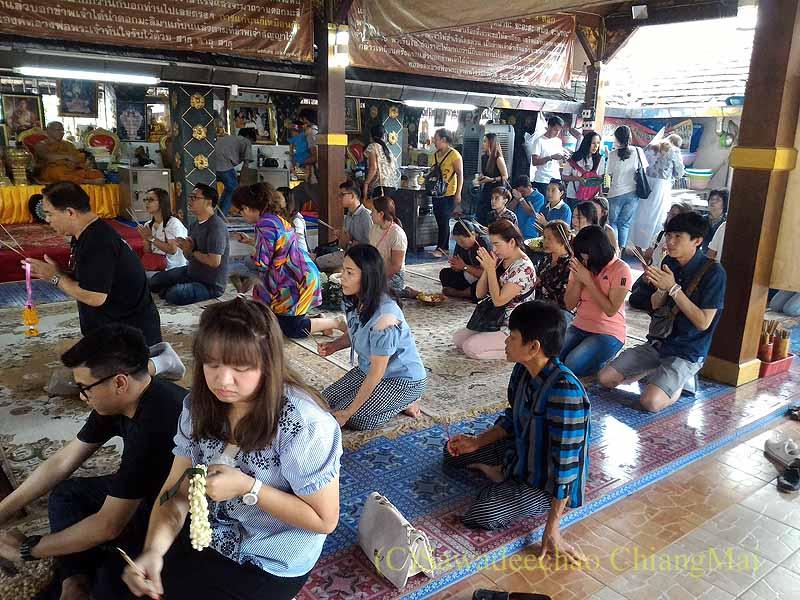 チェンマイの有名寺院、ワットプラタートドーイカム