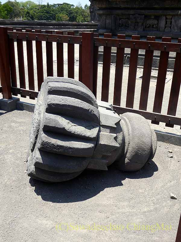 インドネシアの世界遺産ヒンドゥー教寺院遺跡群プランバナンの地震被害