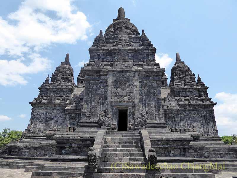 インドネシアのプランバナンのセウ寺院遺跡の中心寺院