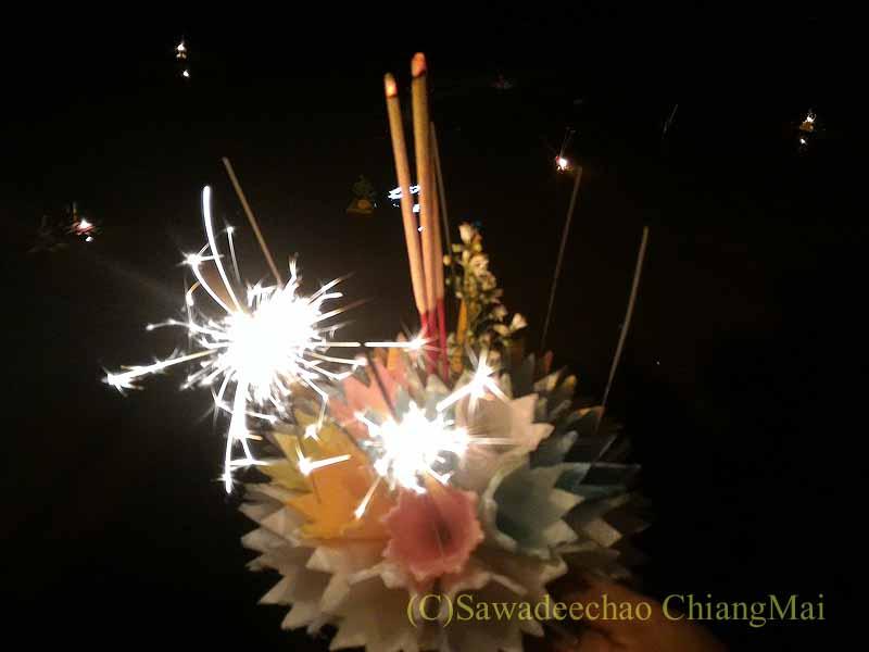 チェンマイのローイクラトンで購入した灯篭