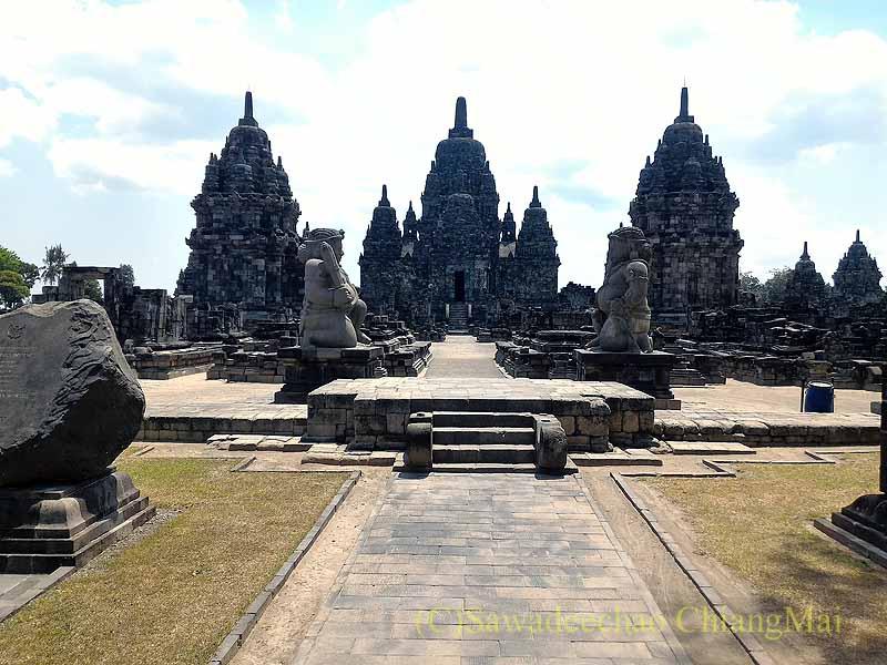インドネシアのプランバナンのセウ寺院遺跡概観