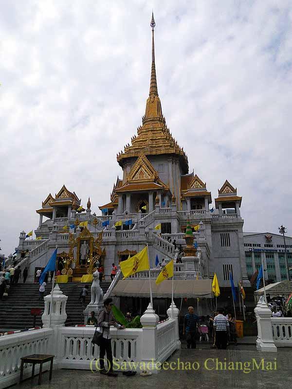 バンコクのワット・トライミット(黄金仏寺院)概観