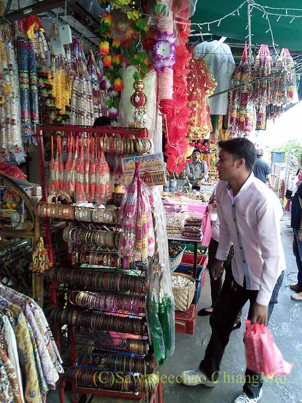 バンコクのパフラット(インド人街)のアクセサリー屋