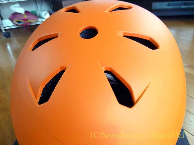 チェンマイ用の自転車ヘルメット、バーンのメーコン