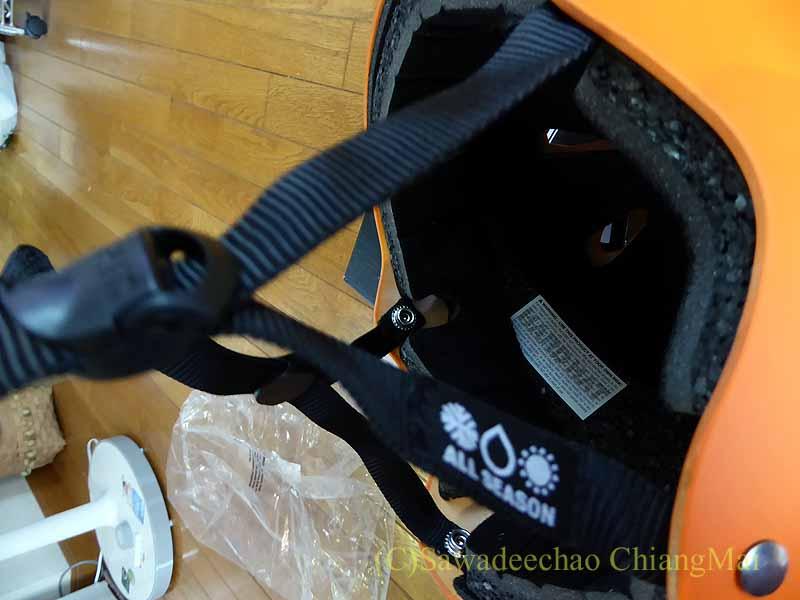 チェンマイ用の自転車ヘルメット、バーンのメーコンのベルト