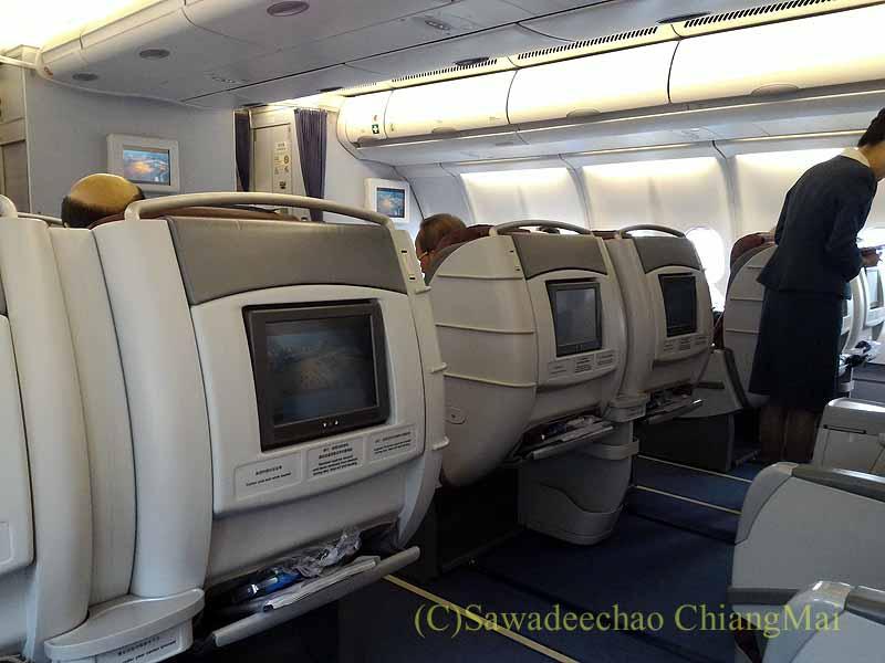 チャイナエアラインCI838便ビジネスクラスのキャビン