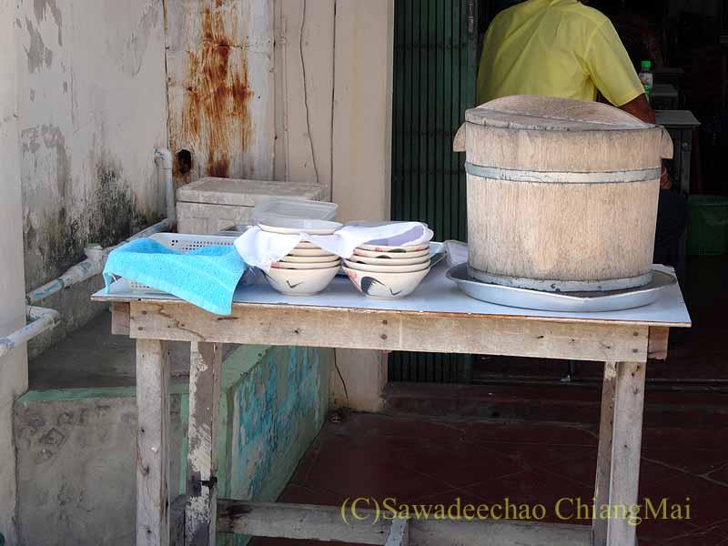 タイのソンクラーの中国人の古い家が並ぶシンゴラ旧市街の豆花の店