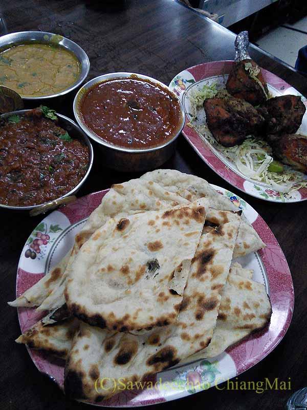 バンコクのインド料理の店ママインディアンレストランの料理概観
