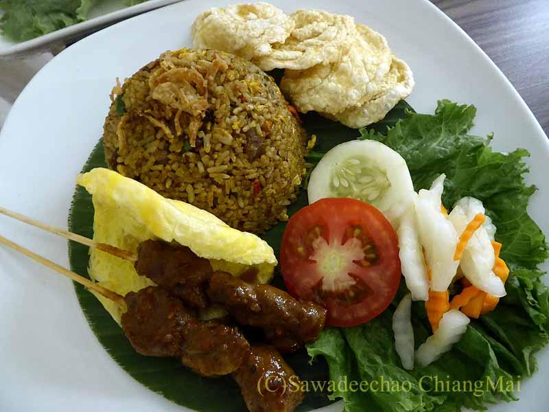 ソロ(スラカルタ)にあるノボテルソロのラム肉のインドネシア風チャーハン