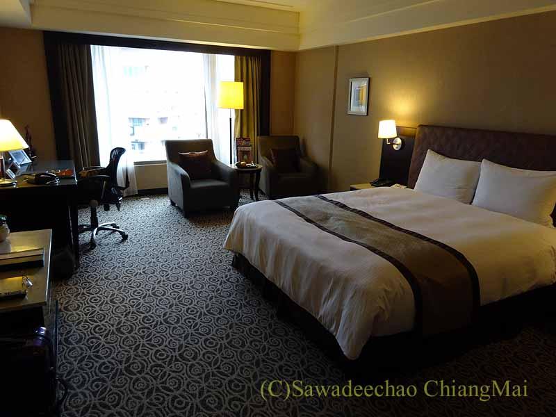 台湾の板橋にあるグランドフォワードホテルのデラックスダブルルーム概観