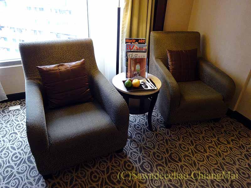 台湾の板橋にあるグランドフォワードホテルのソファ