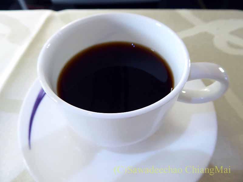 中華航空CI106便ビジネスクラスで出た機内食のコーヒー