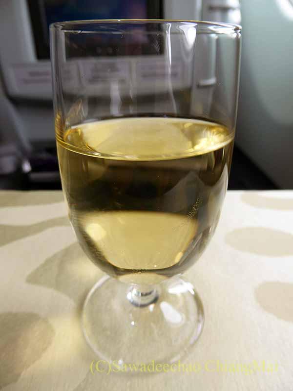 チャイナエアラインCI107便のビジネスクラスで出たワイン