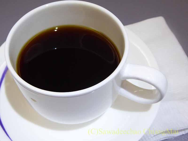 チャイナエアライン(中華航空)CI835便で出た機内食のコーヒー