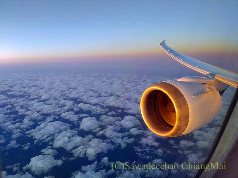 ジップエアZP051便のフルフラットシートからの景色