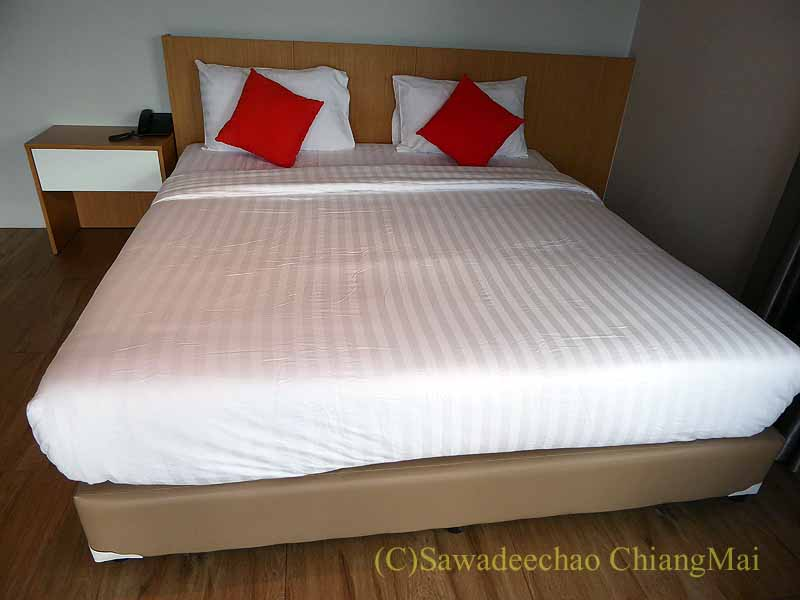 チェンマイ県ファーンのスリーピングツリーホテルのベッド