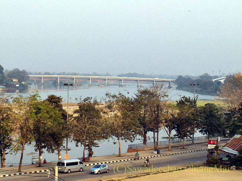 タイのカムペーンペットの市内を流れるピン川