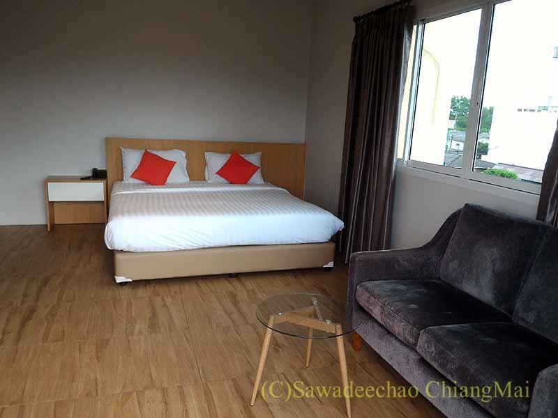 チェンマイ県ファーンのスリーピングツリーホテルの客室概観