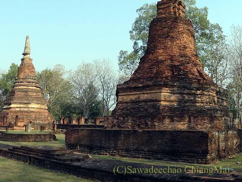 タイのスコータイ時代の遺跡群カムペーンペット歴史公園