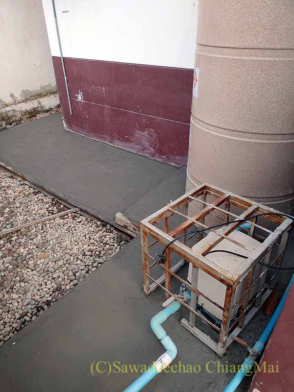 チェンマイの自宅の貯水タンクの修繕終了後の状態