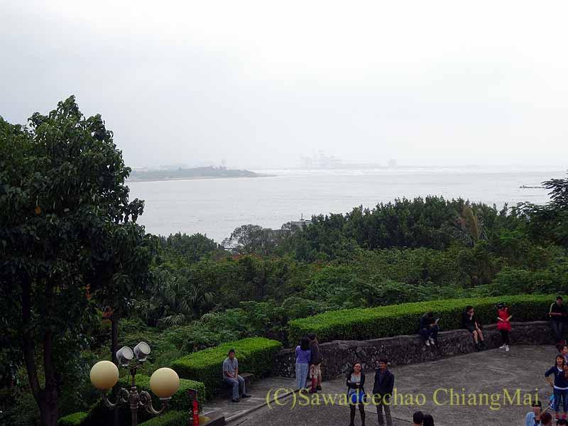 台湾の首都台北の近郊の海沿いにある街、淡水