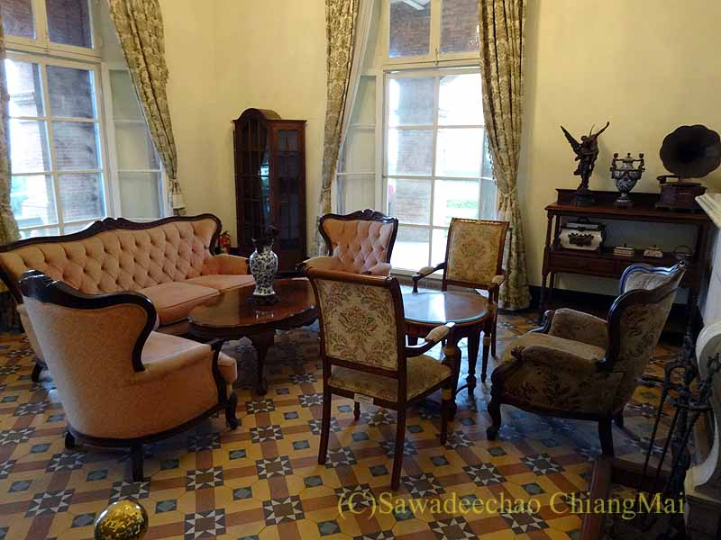 台湾の首都台北近郊の街、淡水の紅毛城の領事館の家具調度類
