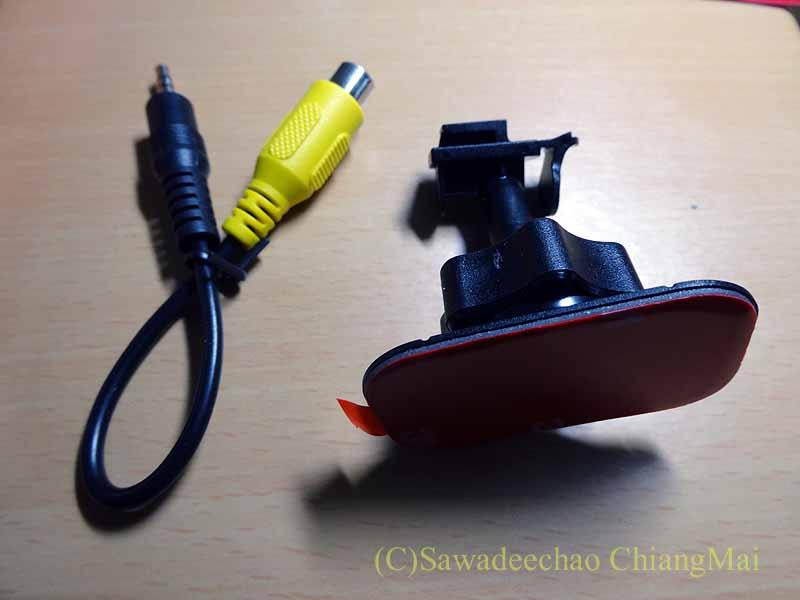 チェンマイの自家用車用ドライブレコーダーのホルダー