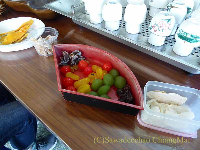 メーサローンの茶芸館、國琴商店のお茶請け
