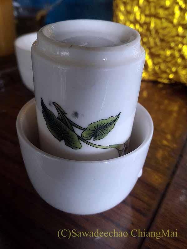 メーサローンの茶芸館、國琴商店の聞き茶の茶杯