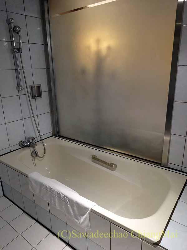 台湾の桃園にあるマジェスティホテルのバスルーム