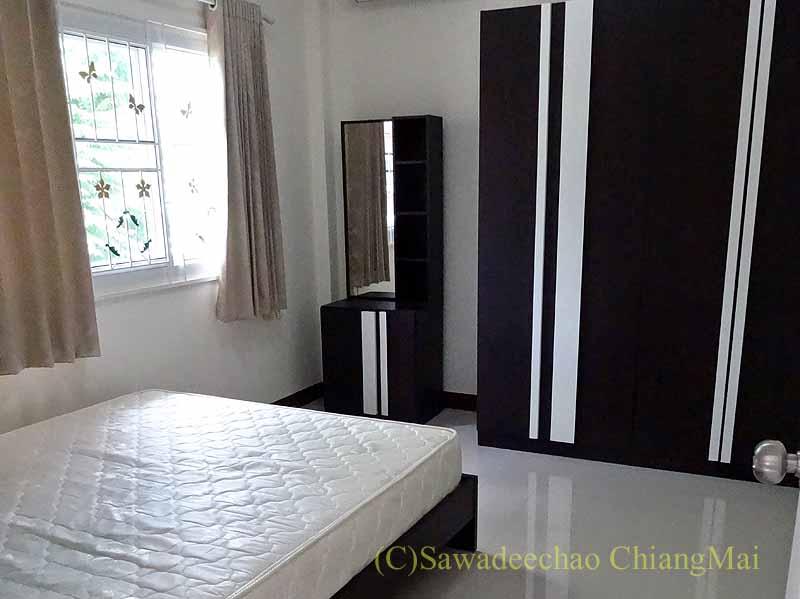 チェンマイの一戸建て借家のベッドルーム