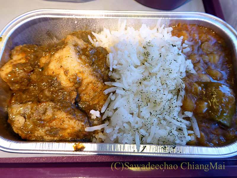 タイ国際航空TG319便で出た機内食のカレー